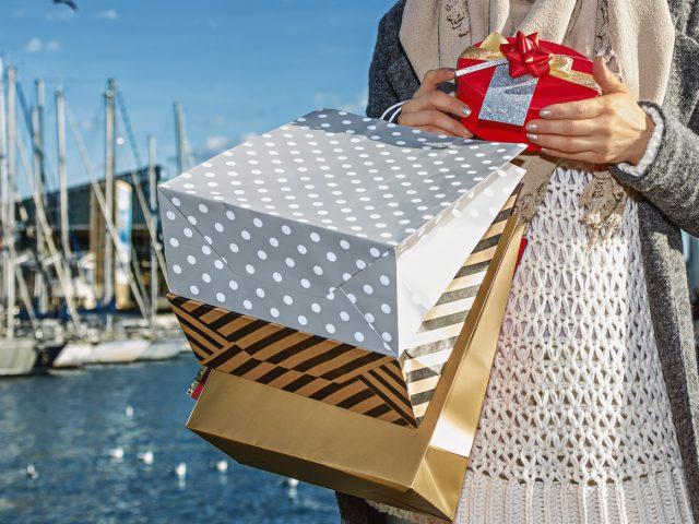 El turismo de cruceros genera 63 millones de euros anuales en compras en Barcelona