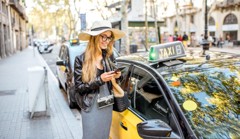 Taxis y cruceros en Barcelona: Historia de una larga amistad