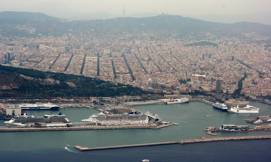 Aeropuerto y Puerto de Barcelona, una alianza imbatible que mira a Asia